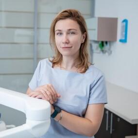 Кондратенко Ирина Александровна, стоматолог-терапевт