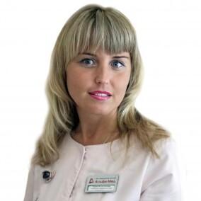 Кирова Нелли Олеговна, стоматолог-терапевт