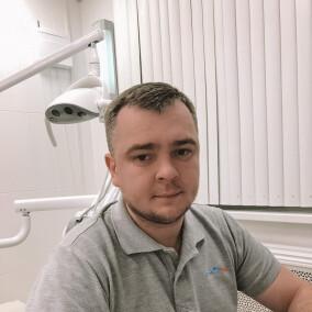 Юрин Александр Борисович, стоматолог-хирург