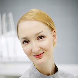 Измайлова (Петрикова) Мария Олеговна, стоматолог-терапевт
