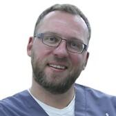 Кучерук Виктор Вениаминович, стоматолог-терапевт
