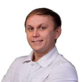 Смирнов Дмитрий Николаевич, стоматолог-терапевт