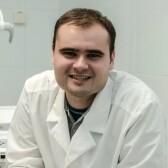 Идоленков Александр Александрович, стоматолог-терапевт