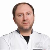 Рыбакин Артур Владимирович, пластический хирург