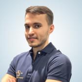 Труфанов Павел Сергеевич, стоматолог-терапевт