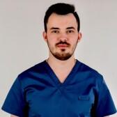 Визер Кирилл Александрович, стоматолог-хирург
