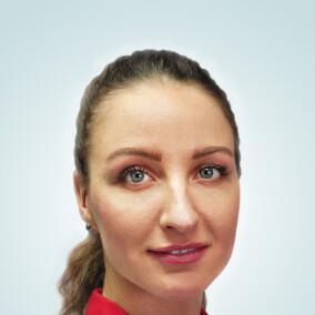 Яковенко Евгения Георгиевна, стоматолог-терапевт
