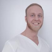 Свириденко Артем Дмитриевич, стоматолог-хирург