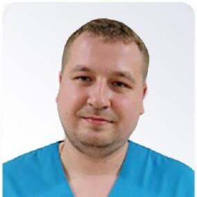 Алексеев Артем Александрович, уролог