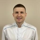 Алексеев Евгений Сергеевич, стоматолог-терапевт