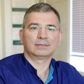 Назаров Роман Николаевич, дерматолог