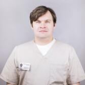 Семенов Арсений Андреевич, хирург