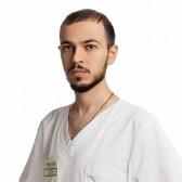 Абрамян Артак Маратович, стоматолог-терапевт