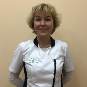 Калминская Варвара Владимировна, стоматолог-терапевт