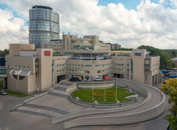 Главный клинический комплекс на Аккуратова НМИЦ им. В. А. Алмазова