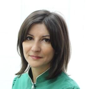Донцова Евгения Валерьевна, стоматолог-терапевт