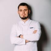 Карелин Андрей Сергеевич, стоматолог-терапевт