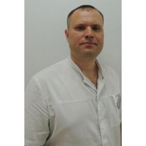 Филиппов Максим Николаевич, стоматолог-хирург