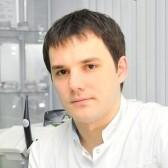Газизов Азат Рафисович, стоматолог-хирург