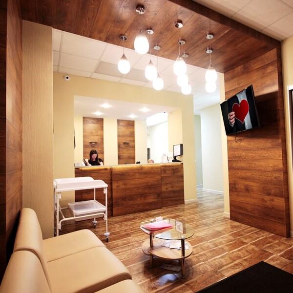 Первая Невская клиника в Кудрово, семейная многопрофильная клиника