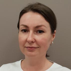 Расторгуева (Пшеничная) Елена Александровна, стоматолог-терапевт