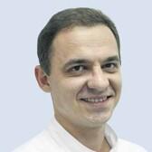 Варцев Антон Павлович, стоматолог-терапевт