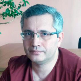 Алиев Вугар Алиевич, нейрохирург