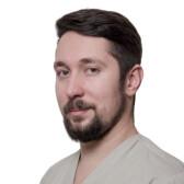 Добрынин Андрей Александрович, имплантолог