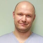 Брагин Егор Олегович, имплантолог