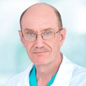 Васильев Виктор Евгеньевич, хирург