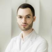 Вирабян Леонард Варданович, пластический хирург
