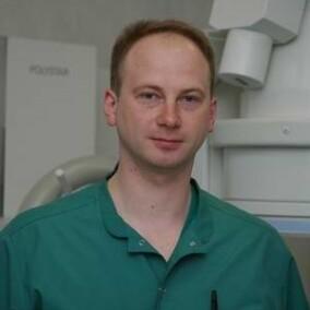 Савелло Александр Викторович, нейрохирург