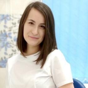 Половинкина Екатерина Сергеевна, стоматолог-терапевт