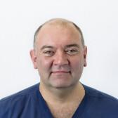 Аль-Машат Намир Аднанович, хирург