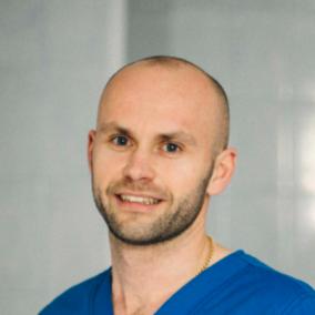 Терлецкий Дмитрий Владимирович, стоматолог-хирург