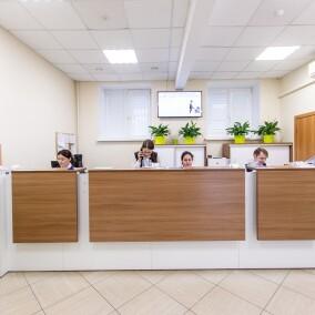 СМ-Клиника на ул. Ярцевской (м. Молодежная)