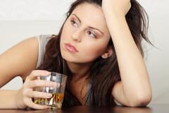 Почему вредно злоупотреблять алкоголем?
