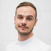 Винюков Даниил Алексеевич, стоматолог-терапевт