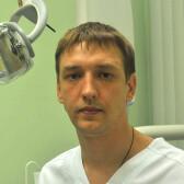 Новобранов Юрий Владимирович, стоматолог-терапевт