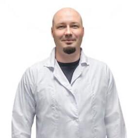 Смирнов Константин Валерьевич, дерматолог