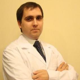 Селезнев Олег Игоревич, стоматолог-ортопед