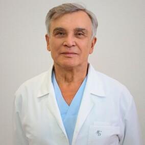 Неробеев Александр Иванович, пластический хирург