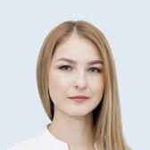 Москвичева Евгения Валерьевна, стоматолог-терапевт