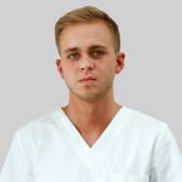 Аладьин Сергей Сергеевич, стоматолог-терапевт