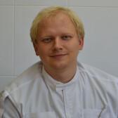 Решетняк Максим Павлович, стоматолог-терапевт