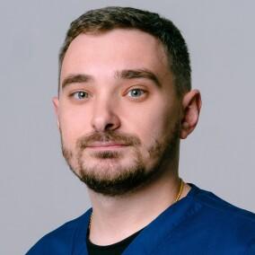 Козяр Павел Павлович, флеболог