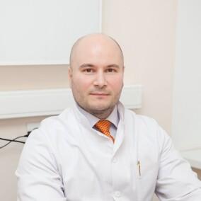 Юндин Сергей Викторович, нейрохирург