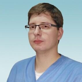 Гончаров Максим Владимирович, ортопед