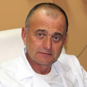 Хаценко Игорь Евгеньевич, офтальмолог