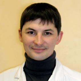 Абрамов Михаил Леонидович, кардиохирург